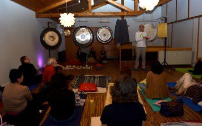Bericht Gong Meditation 25.2. in der Landauer Zeitung