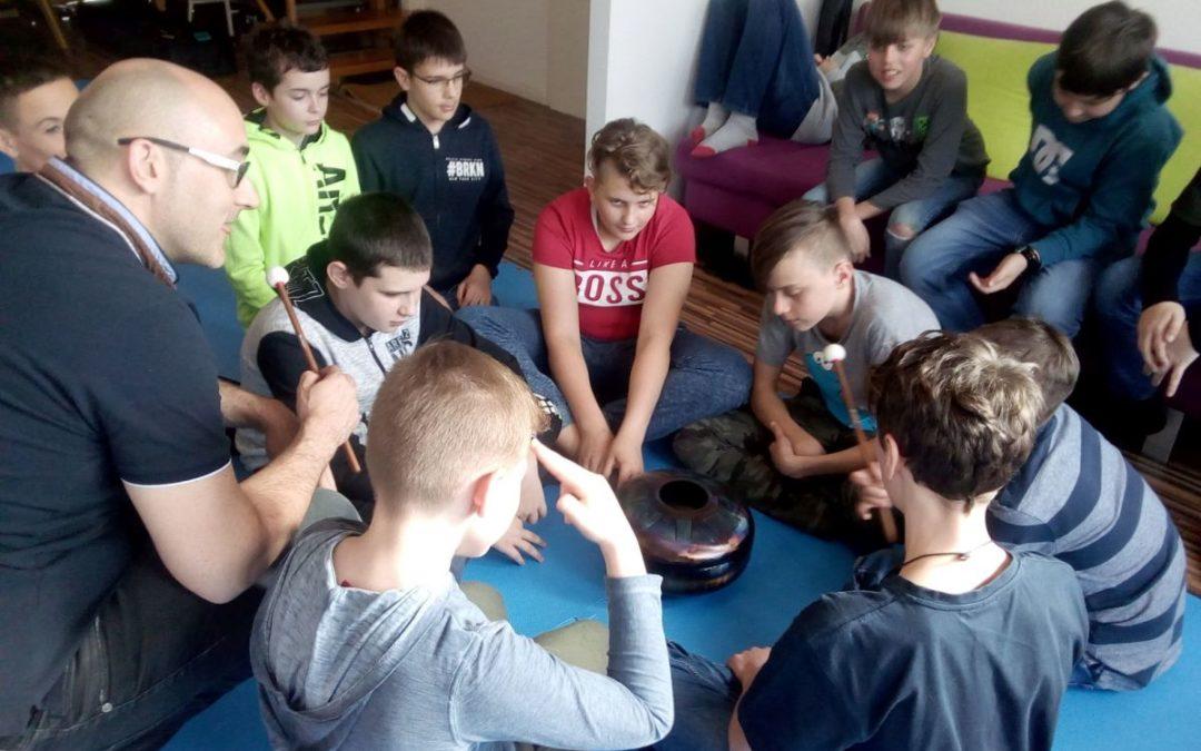 Bericht Jedi-Kurs mit Gongs an der Mittelschule